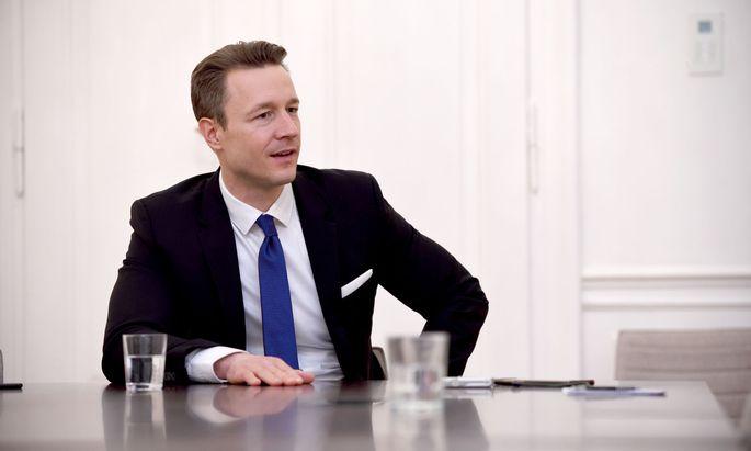 Die ÖVP Wien wird am 29. Februar Finanzminister Gernot Blümel als Parteichef bestätigen.