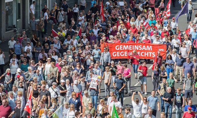 Kassel Kundgebung und Demonstration Kassel nimmt Platz No Pasaran Kundgebung und Demonstration am
