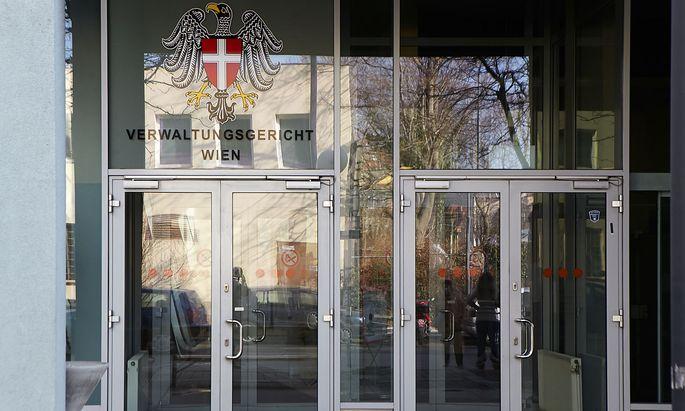 Im Verwaltungsgericht Wien kämpft Geoffrey R. Hoguet um die Wiederherstellung des Kuratoriums der Stiftung für Nervenkranke.