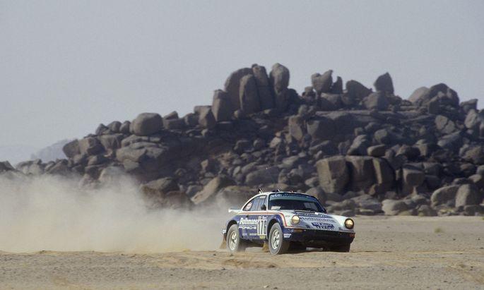 Debüt und Sieg: Porsche 911 SC 4x4 bei der Rallye Dakar, 1984. Typ 953 probte die Allradtechnik des späteren 959.