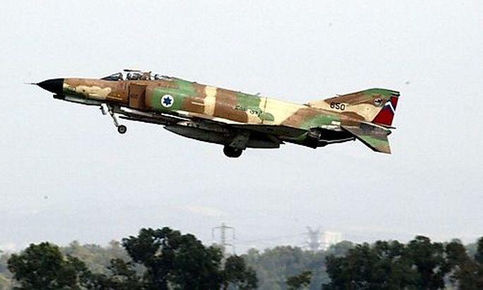 Israel fliegt staerkste Luftangriffe