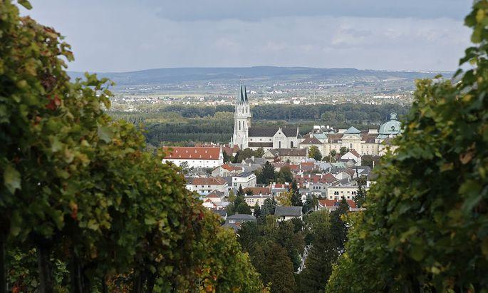 """""""Konkret könnte sich beispielsweise jemand aus Wien auch in Klosterneuburg um ein Amt bewerben – und natürlich auch umgekehrt."""""""