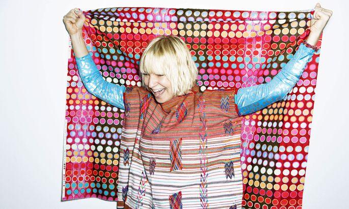 """Die Dreharbeiten an """"Music"""" habe sie geliebt, sag Sia Furler. Die Arbeit im Schneideraum habe sie aber gehasst – und überließ sie schließlich anderen."""