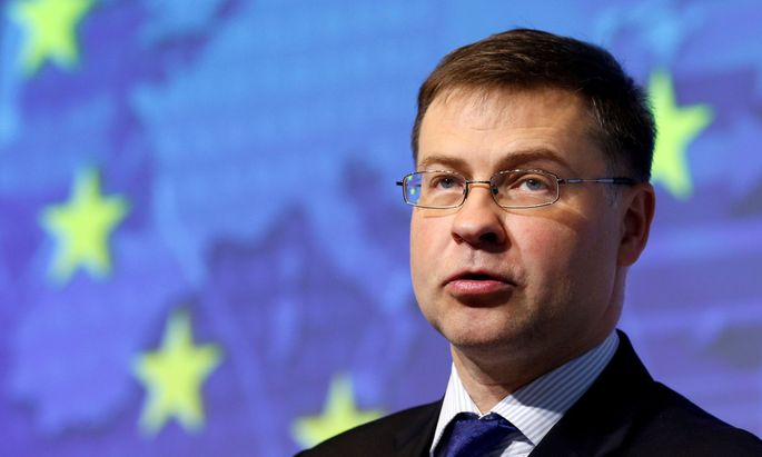 Dombrovskis mahnt Italien auf Kurs zu bleiben. els