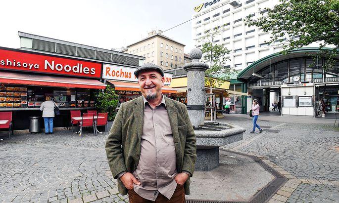 Mehmet Emir am Rochusmarkt.