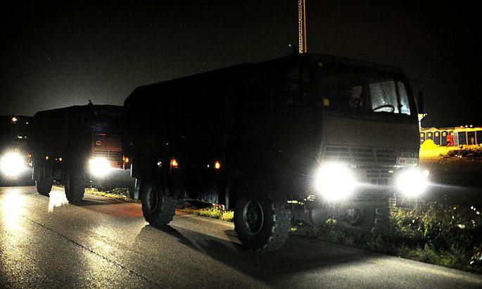 Auch Bundesheerfahrzeuge waren bei Nickelsdorf im Einsatz