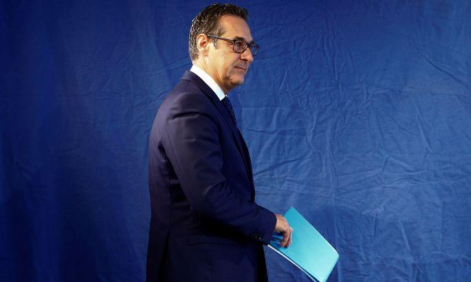 FPÖ-Chef Strache hat ein Verfahren gegen den Politberater Fußi angestrengt.