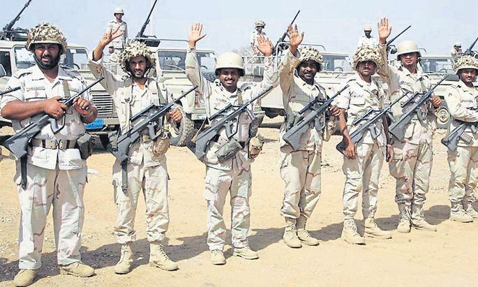 Das Steyr-Sturmgewehr der 1980er-Jahre ist im Jemen an beiden Seiten der Front zu finden – bei saudischen Soldaten wie bei den Houthi-Rebellen.