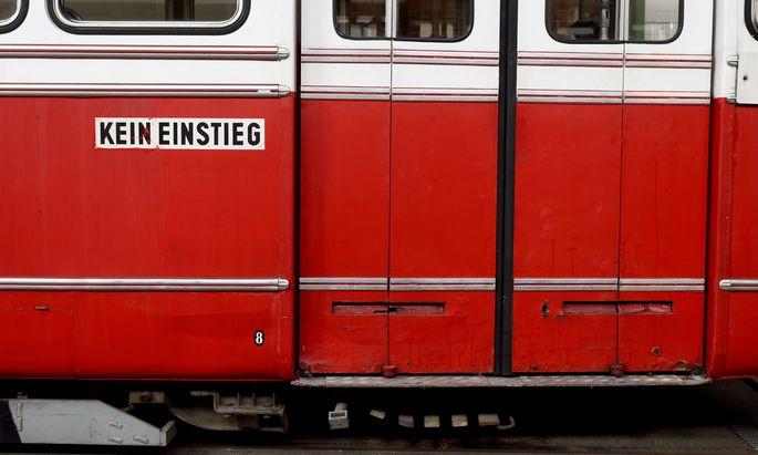 """Ein 36-Jährige hatte am 20. Jänner 2017 in Wien Liesing eine Straßenbahn """"entführt"""" (Symbolbild)."""