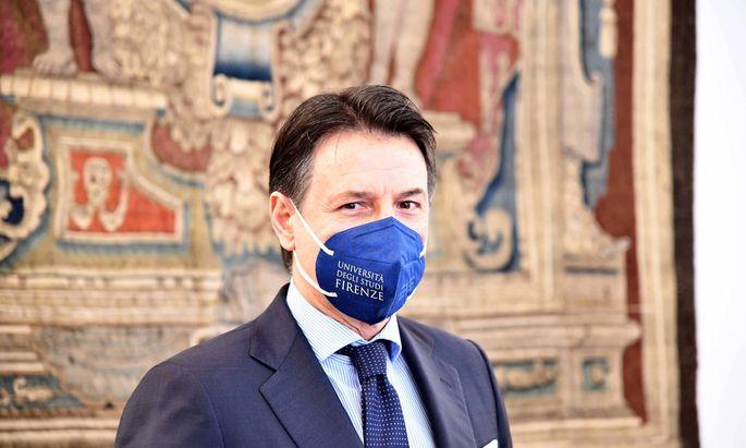 foto IPP/università di Firenze Firenze 26/02/2021 nella foto : Lectio magistralis dell ex premier Giuseppe Conte all uni