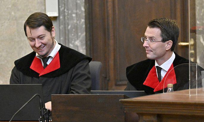 Vertreten die Anklage im Buwog-Prozess: die Oberstaatsanwälte Alexander Marchart und Gerald Denk. Ein Mitangeklagter meint nun, ihm sei Milderung im Abtausch gegen tiefergehende Aussagen in Aussicht gestellt worden.