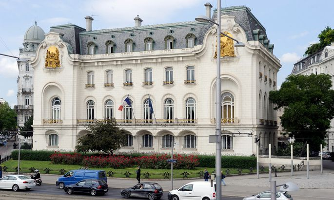 In einer Woche werden Soldaten auch Botschaften bewachen. Ob auch die französische Botschaft (im Bild) dazu zählen wird, ist noch offen.