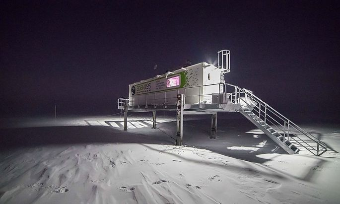 Ein experimentelles Gewächshaus simuliert in der Antarktis die Bedingungen auf einer Mond- oder Marsstation.