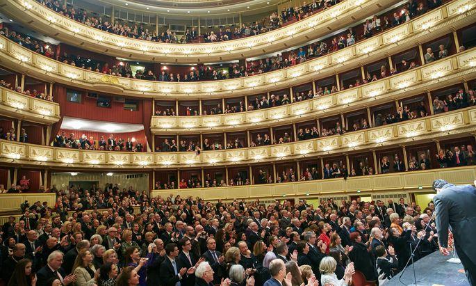 Standing Ovations in der Wiener Staatsoper. Spontane Zugaben sind nicht nur hier selten geworden.