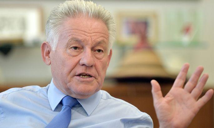 Pühringer bestätigt Rückzug - Frau rückt in Landesregierung nach