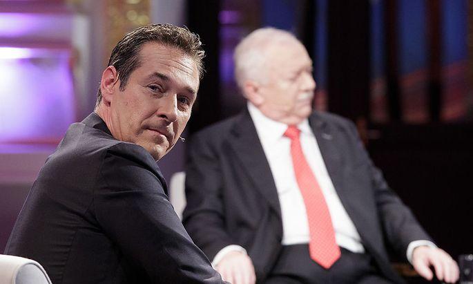 Strache (links) und Häupl bei der TV-Diskussion der Spitzenkandidaten