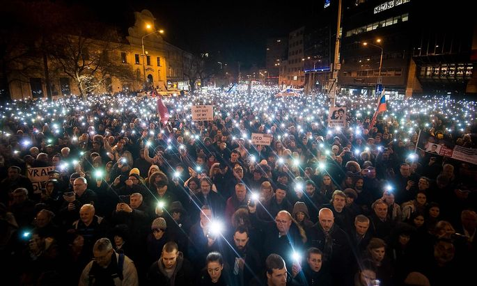 TOPSHOT-SLOVAKIA-MEDIA-MURDER-ANNIVERSARY-DEMO