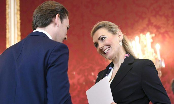 Bundeskanzler Sebastian Kurz und Familienministerin Christine Aschbacher