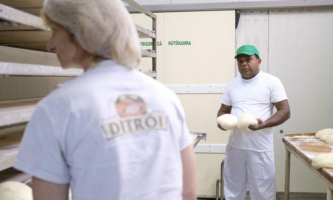 Im Bäckereibetrieb selbst wurden die neuen Kollegen aus Sri Lanka gut aufgenommen.
