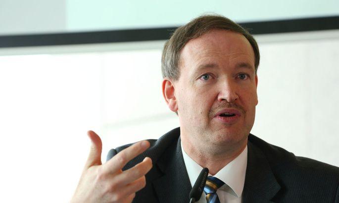 IV-Chefökonom Christian Helmenstein: Kurzarbeit kann die Krise mildern