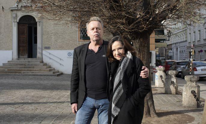 """""""In dem Stück ist so viel politischer Sprengstoff drin"""" – Torsten Fischer und Maria Bill."""