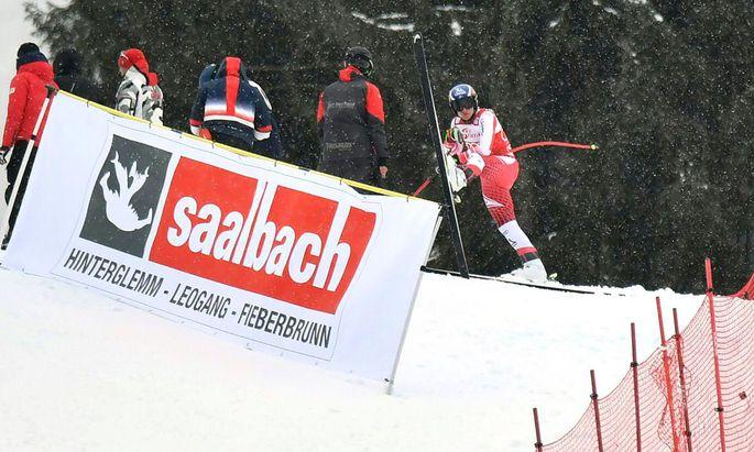 Matthias Mayer schied im Super-G aus und verlor damit auch die Disziplinenführung an Sieger Aleksander Aamodt Kilde.