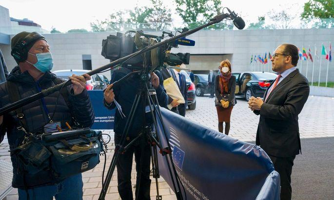 Alexander Schallenberg (ÖVP) dürfte sich am Montag beim Außenministertreffen in Luxemburg angesteckt haben.