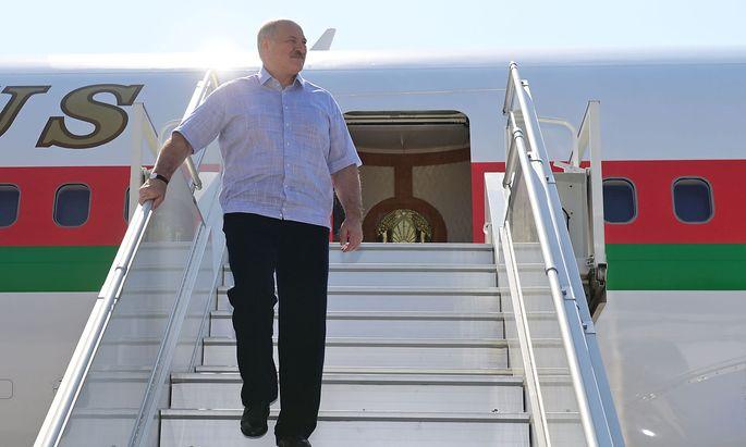Die EU kehrt Alexander Lukaschenko den Rücken. Dieser wendet sich erneut Russland zu.
