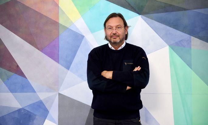 """Stefan Thurner: """"Wenn man dauernd mit hundert Leuten kommuniziert, will man keinen Stress haben."""""""