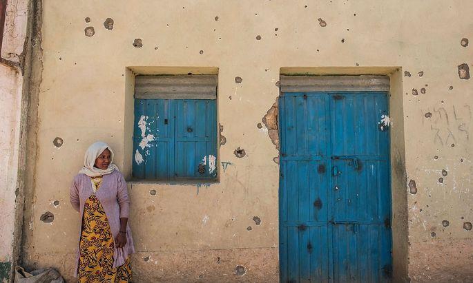 Spuren des Krieges. Die Stadt Wukro, nördlich von Tigrays Hauptstadt Mekelle, wurde immer wieder mit Artillerie beschossen. Die Bevölkerung Tigrays leidet massiv unter dem grausamen Konflikt.