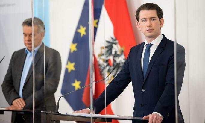 Die Regierungsspitze hat am Dienstag mit Experten, Vertretern der Opposition und den Landeshauptleuten darüber beraten, wie es in Österreich weitergeht.