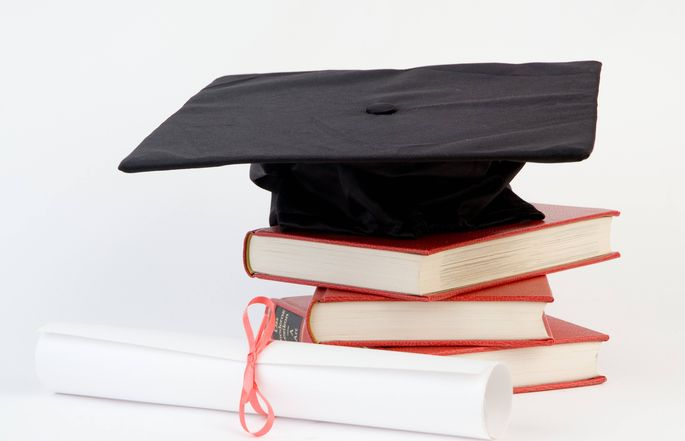 Manche akademische Grade sind einfacher als andere, wenn es darum geht, wo sie herkommen.