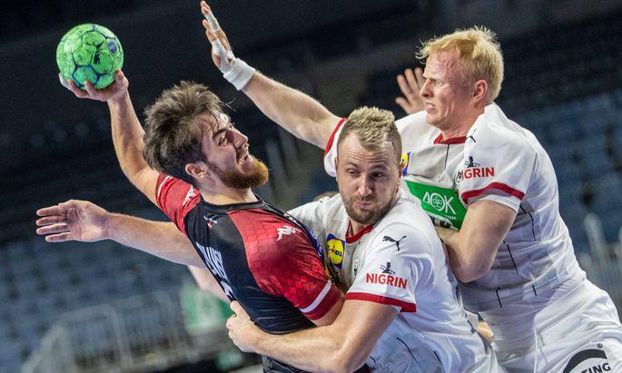 Koeln, 10.01.21, Handball: Europameisterschaft, 4. Spieltag, Qualifikation, Lanxess-Arena. Boris Zivkovic (l-r) von Oes