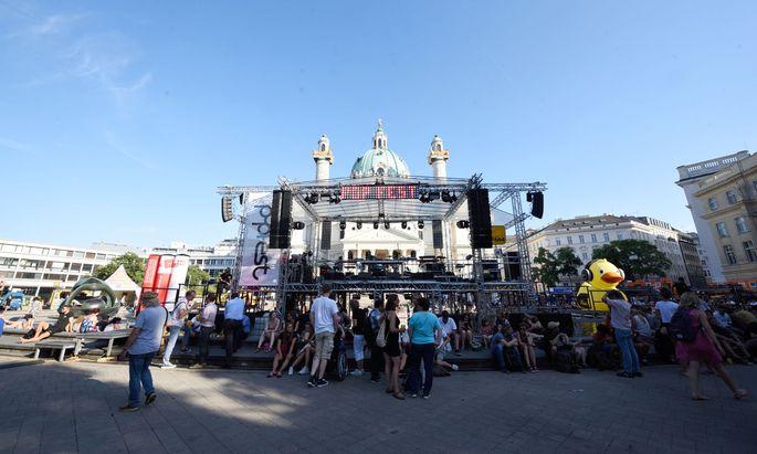 Das Popfest findet heuer zum einem großen Teil nicht am Karlsplatz sondern in der Arena statt. (Archivbild)