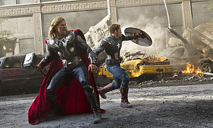 Avengers ComicFreaks Leinwand