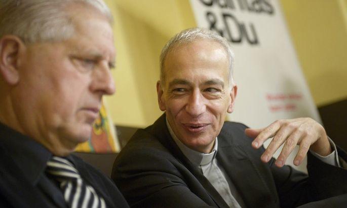 Franz Küberl (li.) und Michael Landau bei einer Pressekonferenz am Montag in Wien