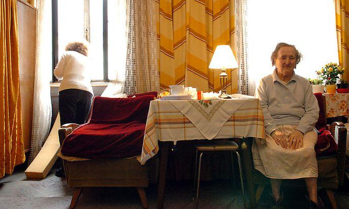 as System 24-Stunden-Pflege macht die Betreuung zu Hause für viele erst leistbar. Andere nutzen den Spielraum, um sich zu bereichern. (Symbolbild)