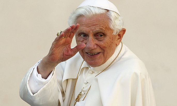 File photo of Pope Benedict XVI waving as he arrives to lead the Wednesday general audience in Saint Peter´s square at the Vatican