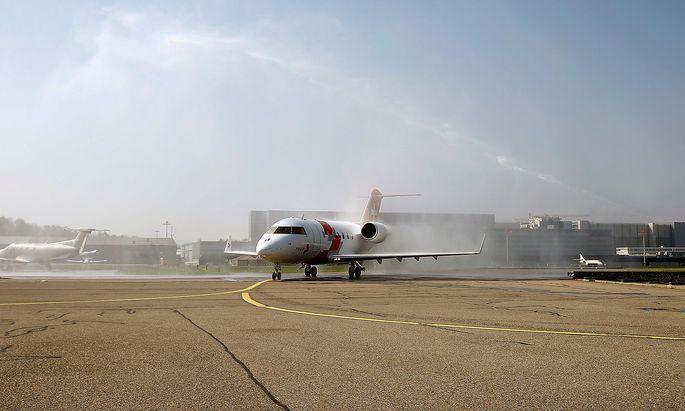 Ein Flugzeug aus der Familie Bombardier Challenger.