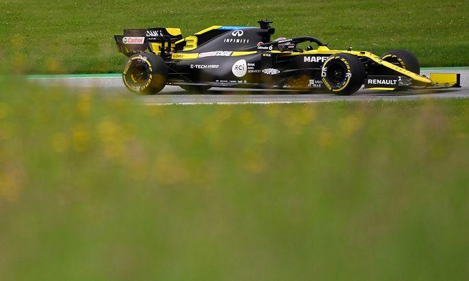 Formel 1 kann auch grün sein, und der Australier Daniel Ricciardo hat immer ein Auge offen für Spielbergs Naturidyll.