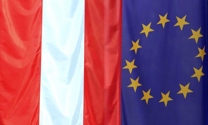 Oesterreich und EU-Fahne