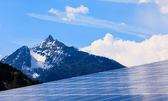 Die Sonne hilft. Aber Ökostrom allein reicht nicht aus, um die Ziele zu erreichen.