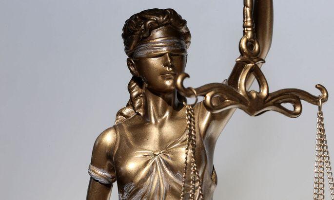 WU-Experte Krönke sieht noch wenige Möglichkeiten einer Automatisierung des Rechts.