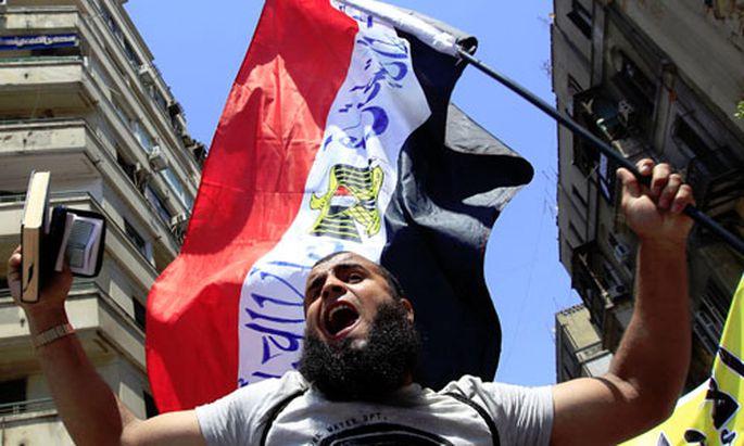 Ägypten: Islamisten-Angriff und Demo für