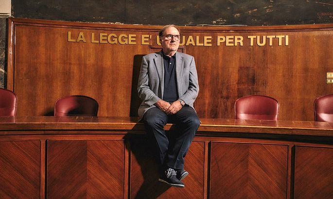 Cuno Tarfusser an seinem heutigen Arbeitsplatz im Justizpalast in Mailand.
