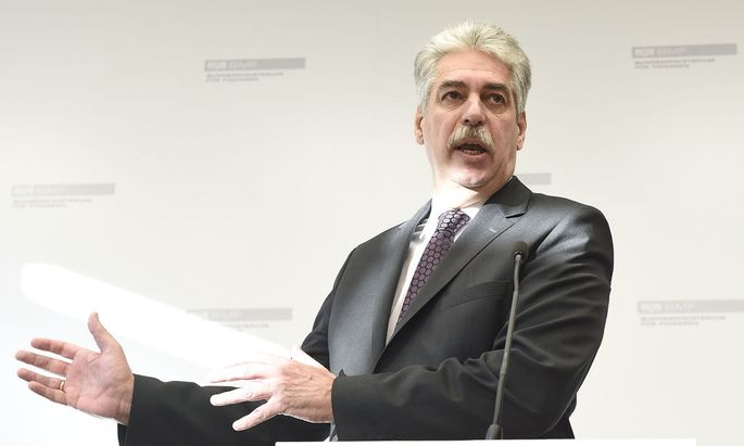 PK FINANZMINISTERIUM 'AKTUELLES ZUR HYPO': SCHELLING