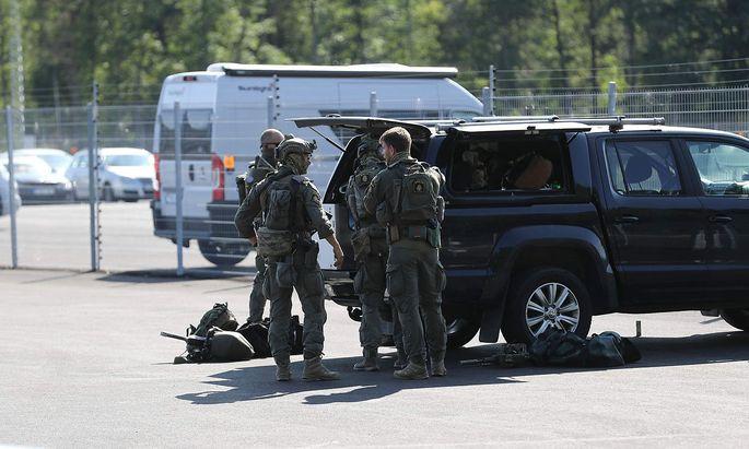 Die Polizei ist rund um das Gefängnis bei Eskilstuna im Großeinsatz.
