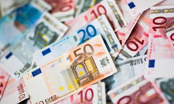 Symbolbild: Euro-Geldscheine