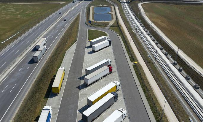 Was sich auf den Autobahnen bewegt, hängt immer öfter von digitalen Frachtbörsen ab.