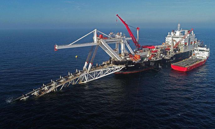 Archivbild vom Bau der Pipeline in der Ostsee.